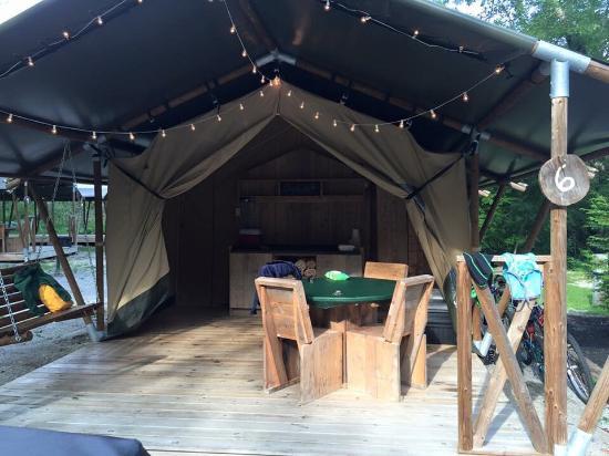 Camp LeConte Luxury Outdoor Resort : photo0.jpg