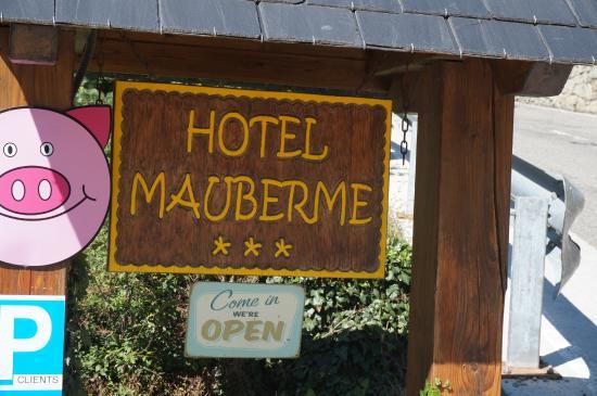 Hotel Mauberme : Hotelschild