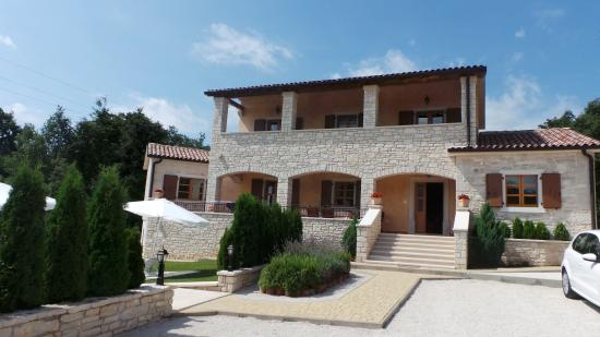 Kringa, Kroatien: Lovely Holiday Housse