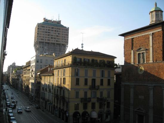 Lloyd Hotel: Torre Velasca, vista dalla camera dell'hotel