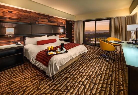 seneca niagara falls hotel and casino