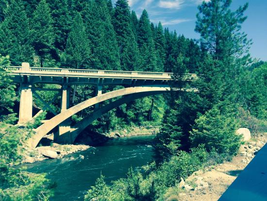 Cascade, ID: Rainbow Bridge