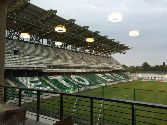 ETO Park Hotel : Blick ins Stadion