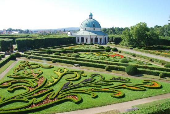 Arcibiskupského zámku a zahrad: Morning = best time to visit