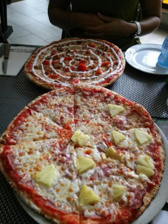 Pizzeria Piccola: La de Kebap muy rica