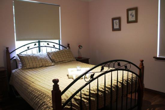 Walpole Wilderness Resort : queen bedroom
