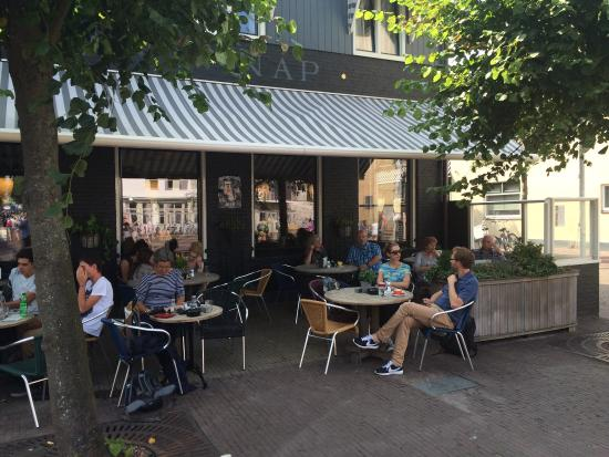 Photo of Cafe Koffiehuis 't Wakend Oog at Torenstraat 2, West-Terschelling 8881 BJ, Netherlands