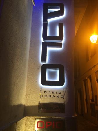 OPIO Bar & Restaurant: photo0.jpg