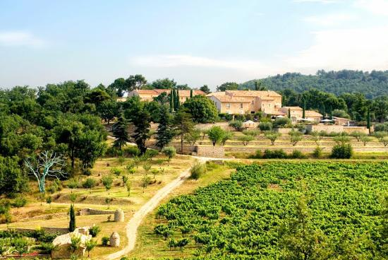 Crestet, Frankrijk: Our La Verriere, home of Chêne Bleu wines