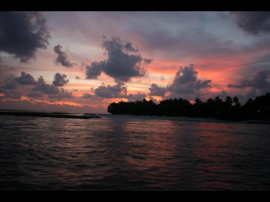 Kuramathi: Sunset