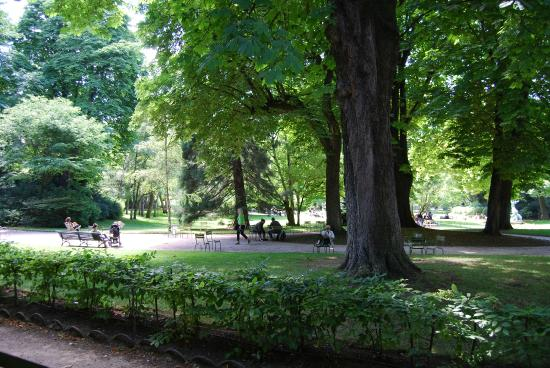 Giardini del lussemburgo picture of luxembourg gardens for Jardin du luxembourg hours