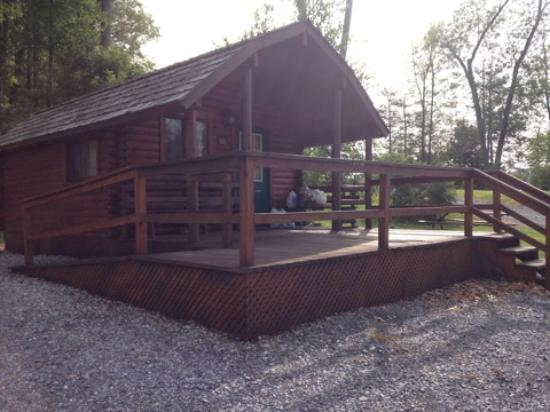 Side View Of Deluxe Cabin Picture Of Twin Grove Rv