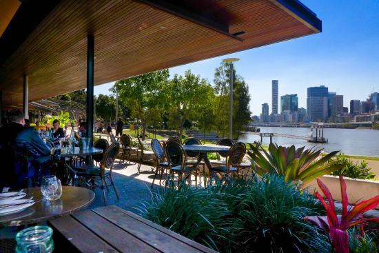 View out to the brisbane river obr zek za zen popolo for Nove kitchen and bar