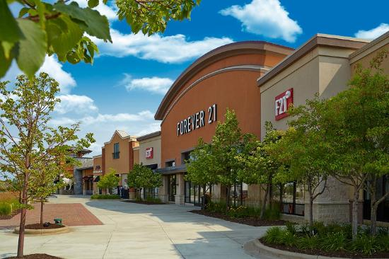 ‪The Shoppes at Arbor Lakes‬