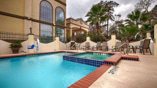 Best Western Plus New Caney Inn & Suites: POOL