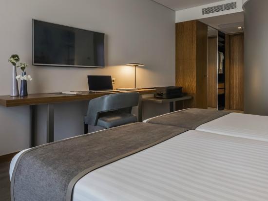 Eurostars heroismo hotel porto portogallo prezzi 2017 for Soggiorno portogallo