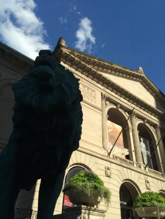 The Lion Picture Of The Art Institute Of Chicago Chicago TripAdvisor