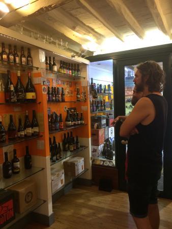 De Cervesia Beer Shop: photo0.jpg