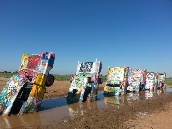 ‪Cadillac Ranch‬