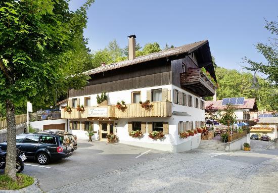 Hotel Frühlingsgarten: Aussenansicht Sommer