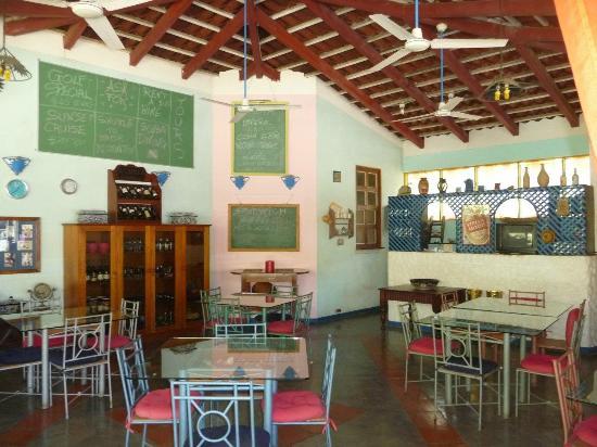 Foto de hotel la puerta del sol playas del coco for Resort puertas del sol precios