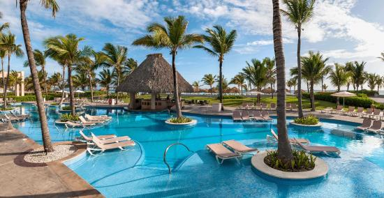 Hard Rock Cafe Punta Cana Eden Pool