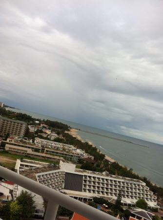 Golden Beach Hotel Cha-am: วิวสวยจริงๆ