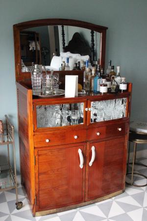Mini bar dans la chambre - Picture of Soho Beach House, Miami Beach ...