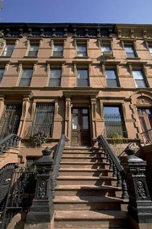 Built in 1899, Harlem Grand is a Cultural Heritage Landmark