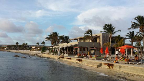 kralendijk eden beach resort: