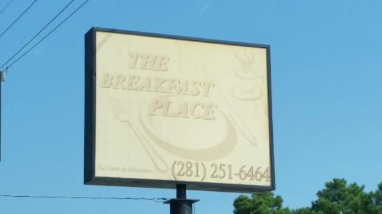 The Breakfast Place: Look hard - the sign is faded but the food isn't!