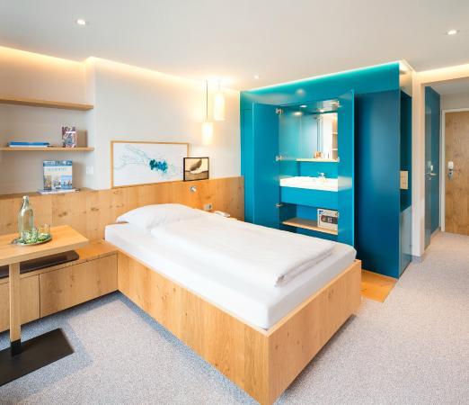 Hotel Seehof: Superior Einzelzimmer mit Seesicht und Balkon