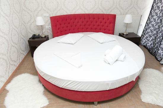 Queen mattress sale milwaukee