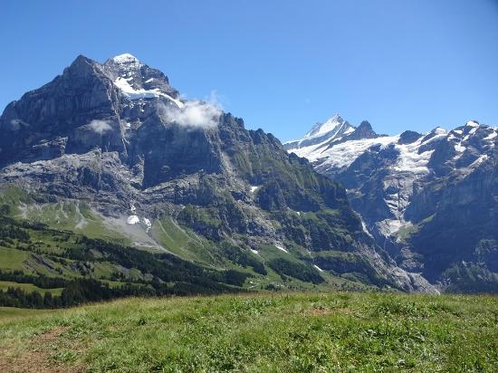 Grindelwald, Suiza: Lovely views but not the best walking route
