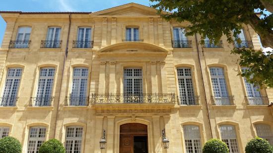 La fa ade de l 39 h tel picture of hotel de caumont art - Hotel de caumont aix en provence ...