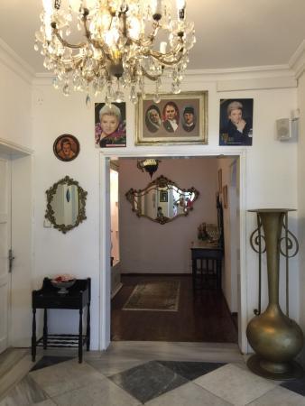 Zeki Muren Arts Museum : Geçmişten günümüze Sanat Güneşini anlatıyor mutlaka gidilmesi gereken bir yer..