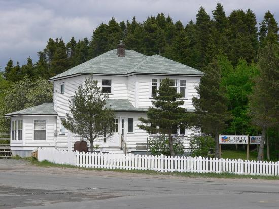 Glovertown, Canada: View of the building