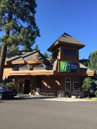 Holiday Inn Express South Lake Tahoe: Exterior