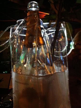 Yacht Style Bar Restaurant : Buone Bolle
