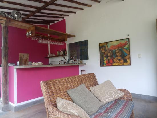 Posada Casa Las Trinitarias: El bar renovado