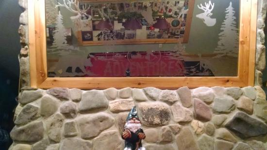 Kettle Creek Adventures Lodge and B&B: Gnome at Kettle Creek