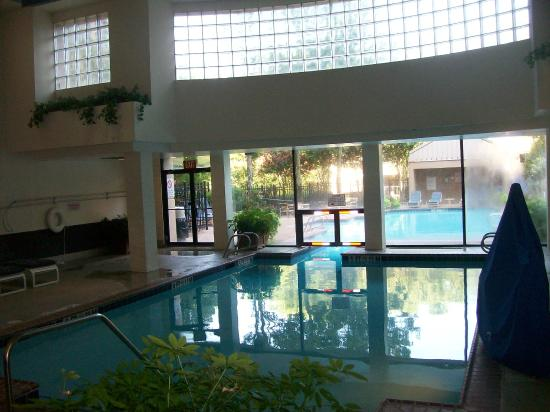 Sonesta Gwinnett Place Atlanta Indoor Pool