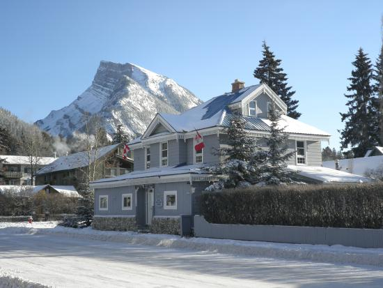 Banff Park Lodge Hotel Deals