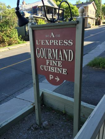 A l'Express Gourmand: The restaurant
