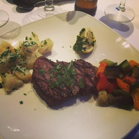 Piccolo Restaurant: Ангус