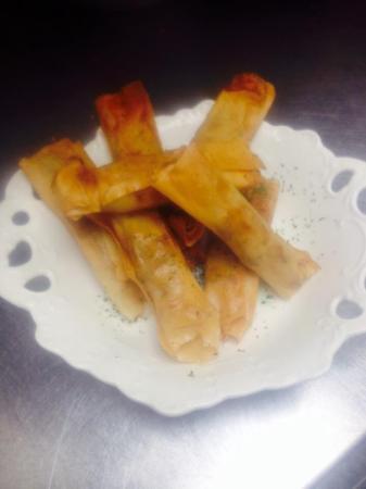 Cafe Circa: Yummy pork spring rolls