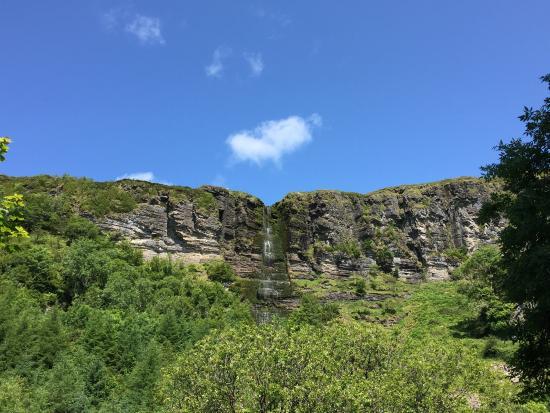 Sruth In Aghaidh An Aird - The Devil's Chimney