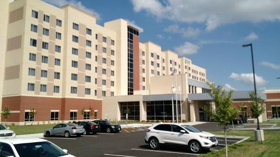 hotel exterior picture of embassy suites by hilton. Black Bedroom Furniture Sets. Home Design Ideas
