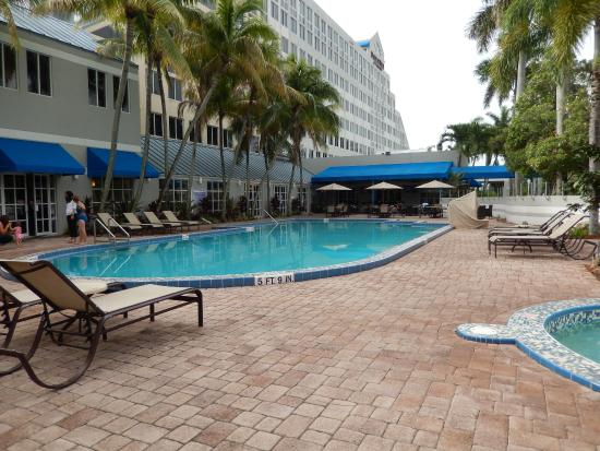 Pool Picture Of Doubletree By Hilton Hotel Deerfield Beach Boca Raton Deerfield Beach