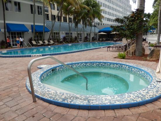 Doubletree By Hilton Hotel Deerfield Beach Boca Raton Hot Tub